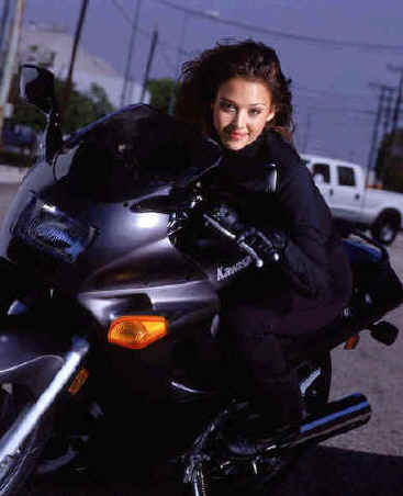 Jessica Alba in Dark Angel